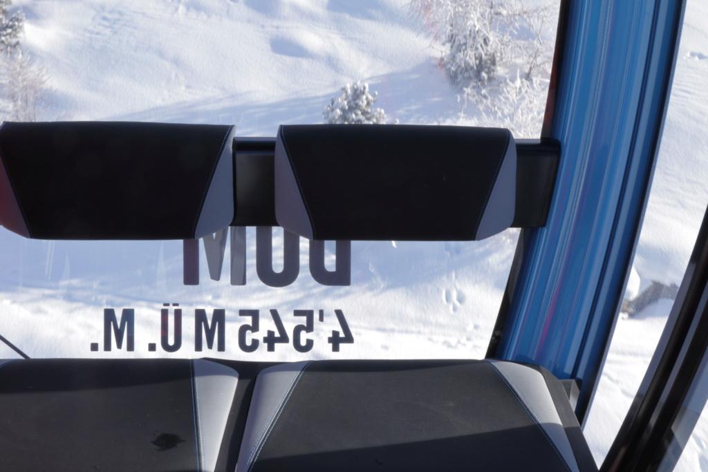 Télécabine débrayable 10 places (TCD10) Kumme Cabine32