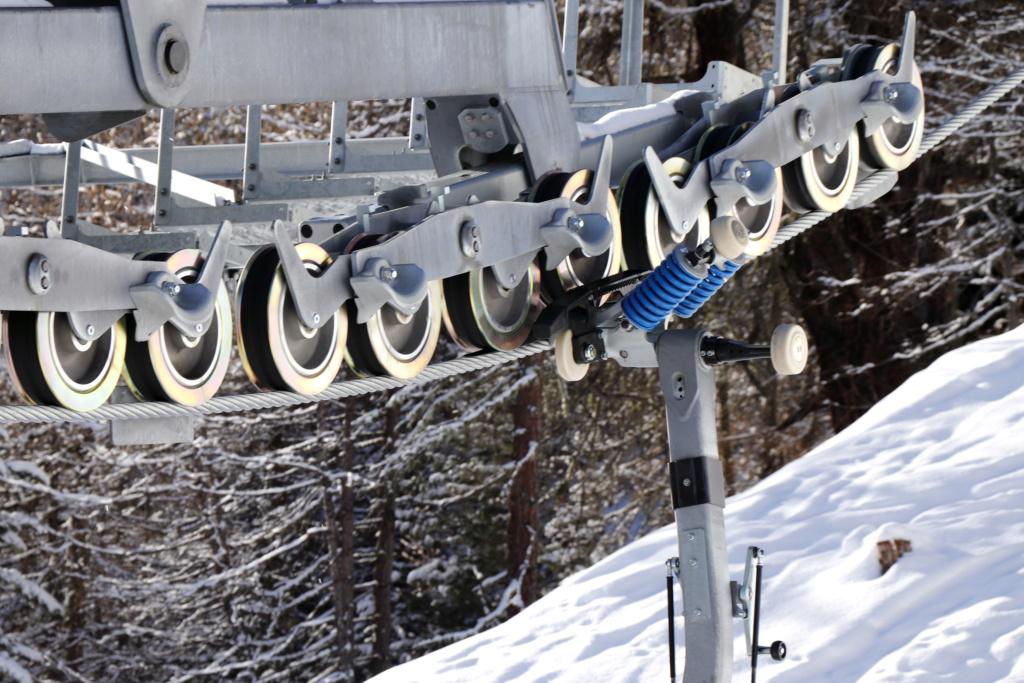 Télésiège débrayable 6 places (TSD6) Bendolla Col du Pouce D5000_10