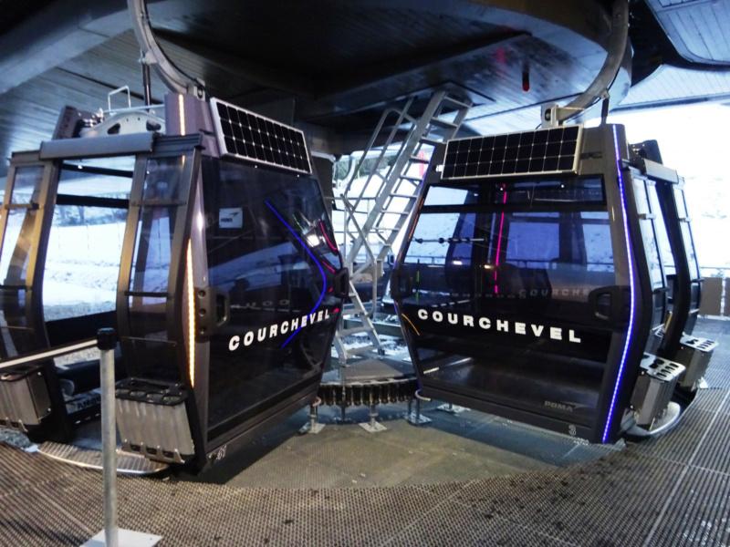 Télécabine débrayable 10 places (TCD10) des Grangettes Dsc00410
