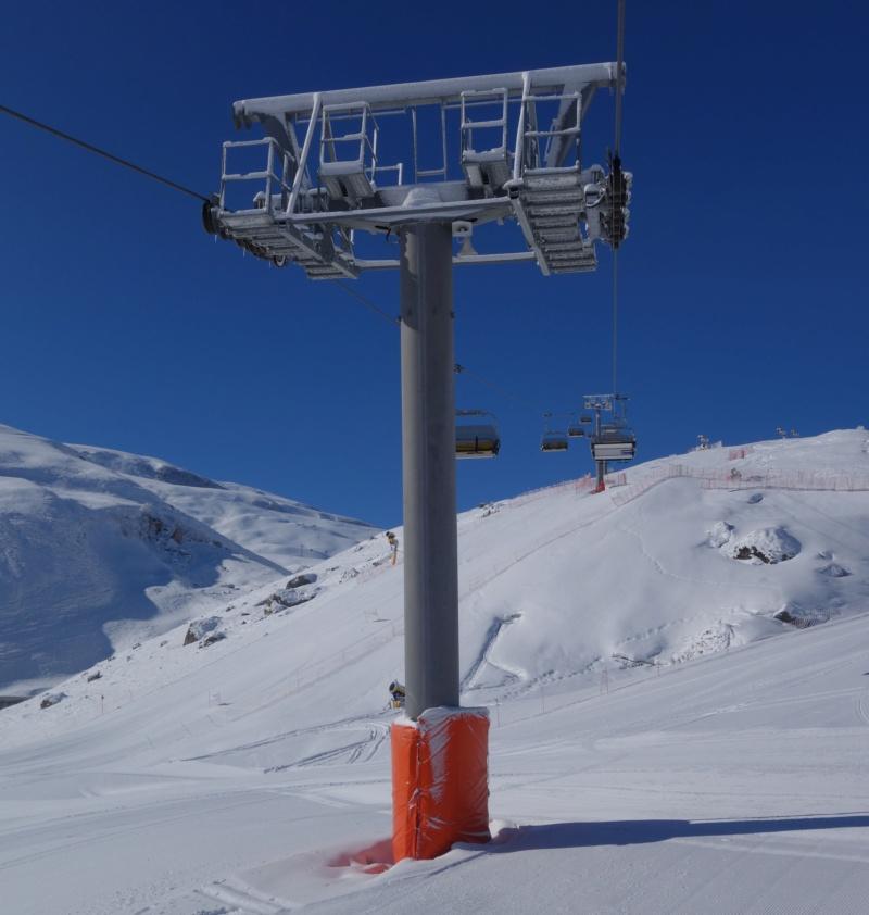 Télésiège débrayable 4 places (TSD4) Lift 2 - Shahdag Dsc02415