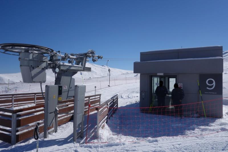 Téléski à enrouleurs (TKE1) Lift 9 - Shahdag Dsc02562