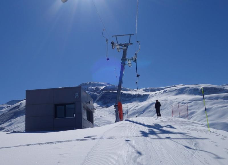 Téléski à enrouleurs (TKE1) Lift 7 - Shahdag Dsc02619