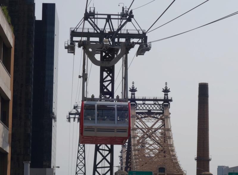 Téléphérique à va-et-vient (TPH) Roosevelt Island - New York Dsc04717