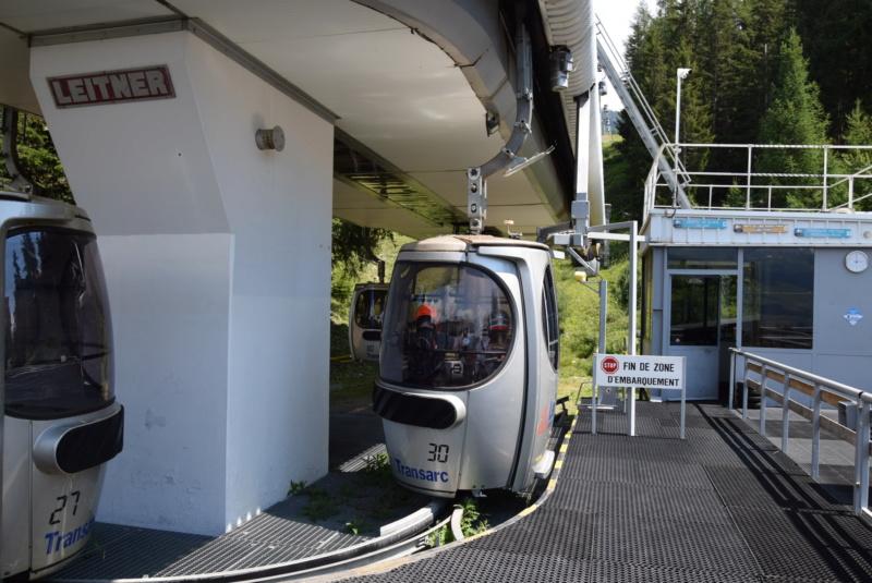 Télécabine débrayable 15 places (TCD15) Transarc - Leitner Dsc_0065