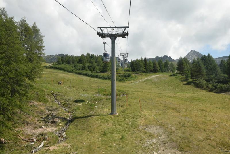 Télécabine débrayable 15 places (TCD15) Transarc - Leitner Dsc_0071