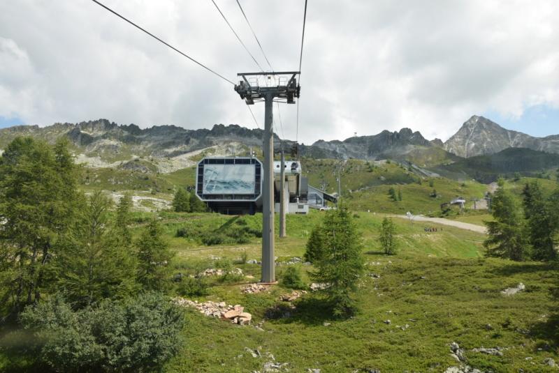 Télécabine débrayable 15 places (TCD15) Transarc - Leitner Dsc_0075