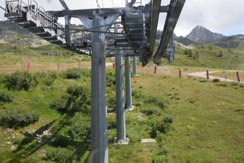 Télécabine débrayable 15 places (TCD15) Transarc - Leitner Dsc_0076