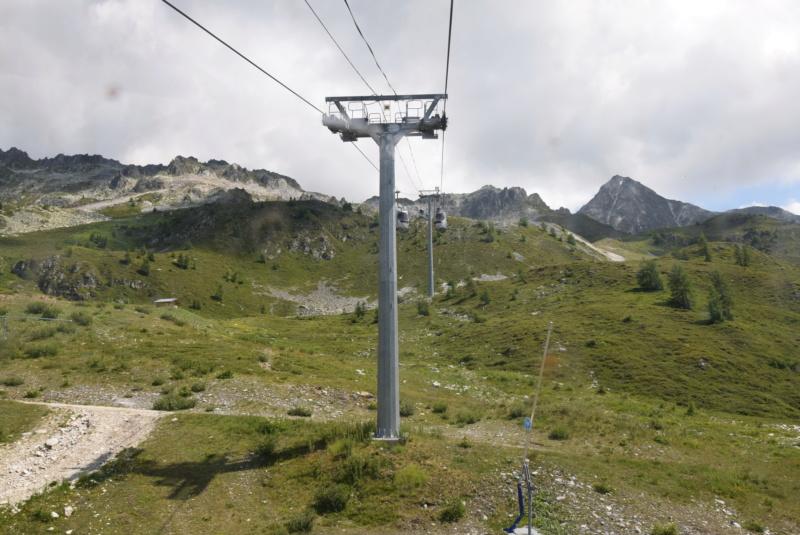 Télécabine débrayable 15 places (TCD15) Transarc - Leitner Dsc_0078