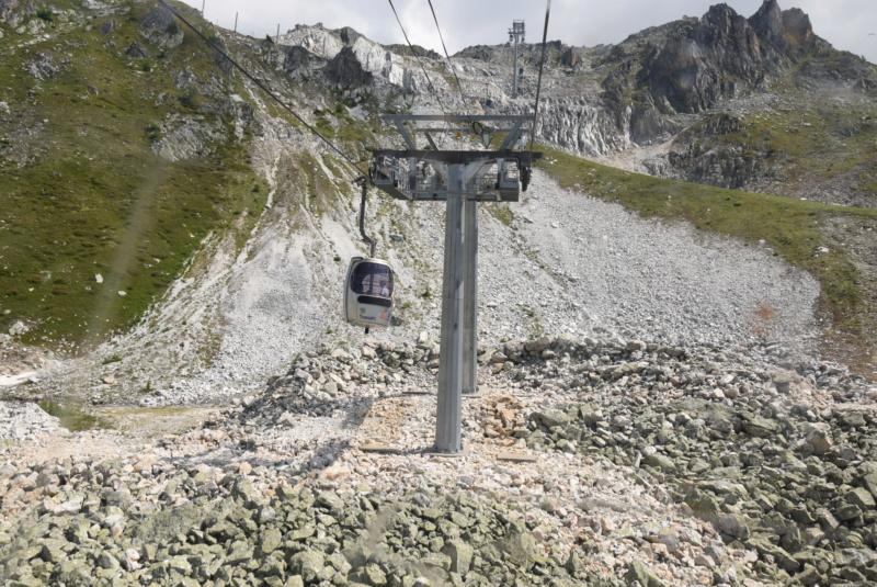 Télécabine débrayable 15 places (TCD15) Transarc - Leitner Dsc_0085