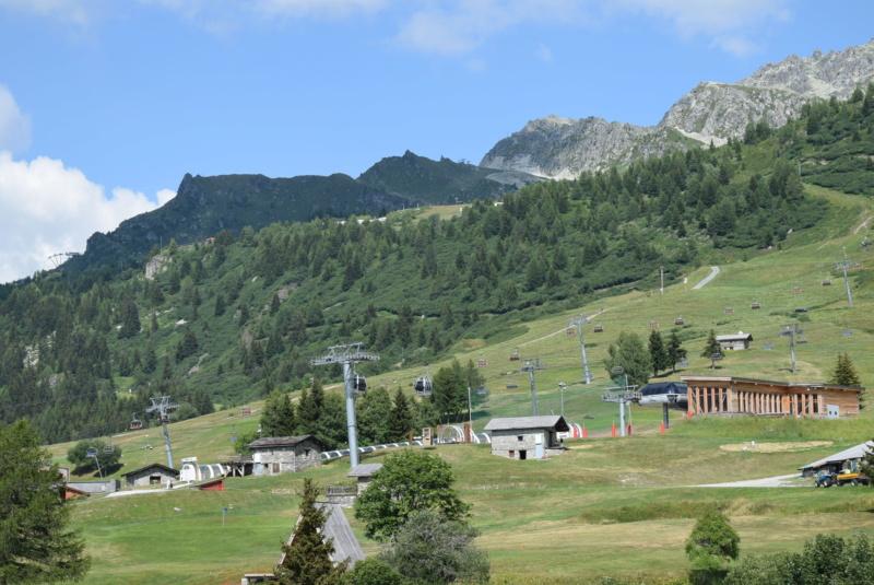 Télécabine débrayable 8 places (TCD8) les Villards - Leitner Dsc_0122