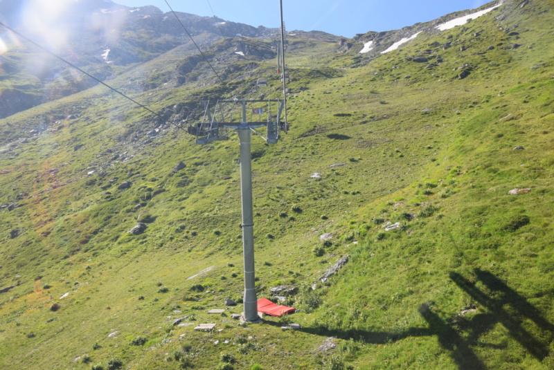 Télécabine débrayable 8 places (TCD8) Varet Dsc_0149