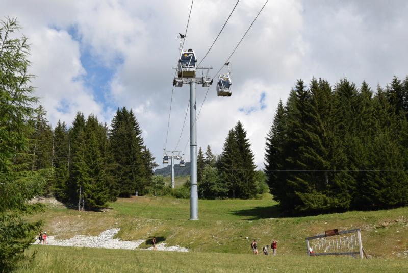 Télécabine débrayable 8 places (TCD8) les Villards - Leitner Dsc_0226