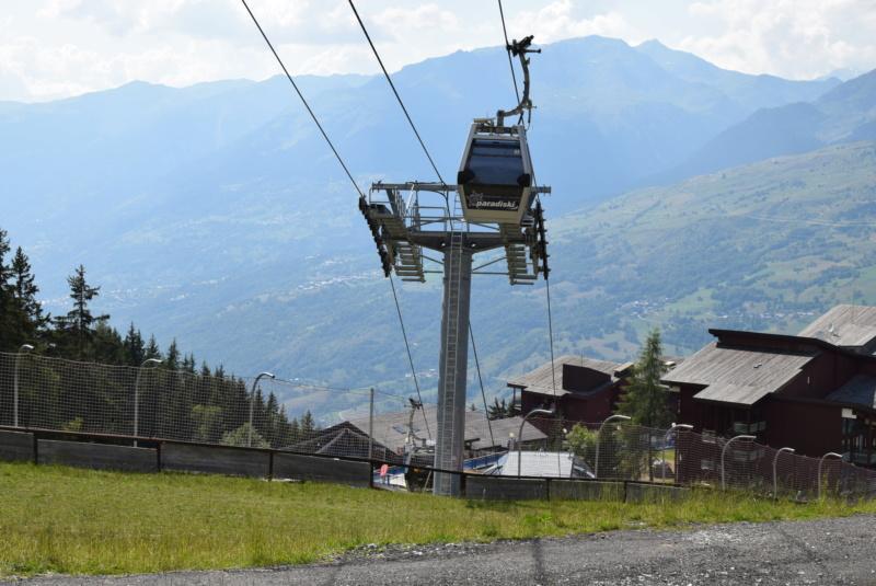 Télécabine débrayable 8 places (TCD8) les Villards - Leitner Dsc_0227