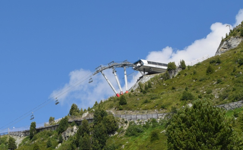 Télésiège débrayable 6 places (TSD6) Mont Blanc - BMF Dsc_0363