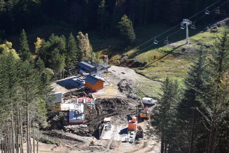 Construction télésiège fixe 4 places Bisorne (TSF4) - LST, Ax 3 Domaines Dsc_0374