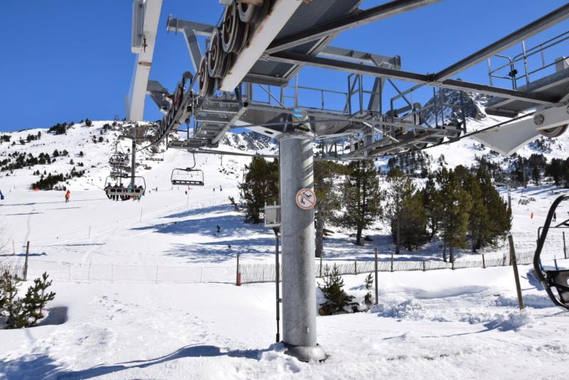 Télésiège débrayable 6 places (TSD6) Pic Blanc - Telesillas Dsc_0604