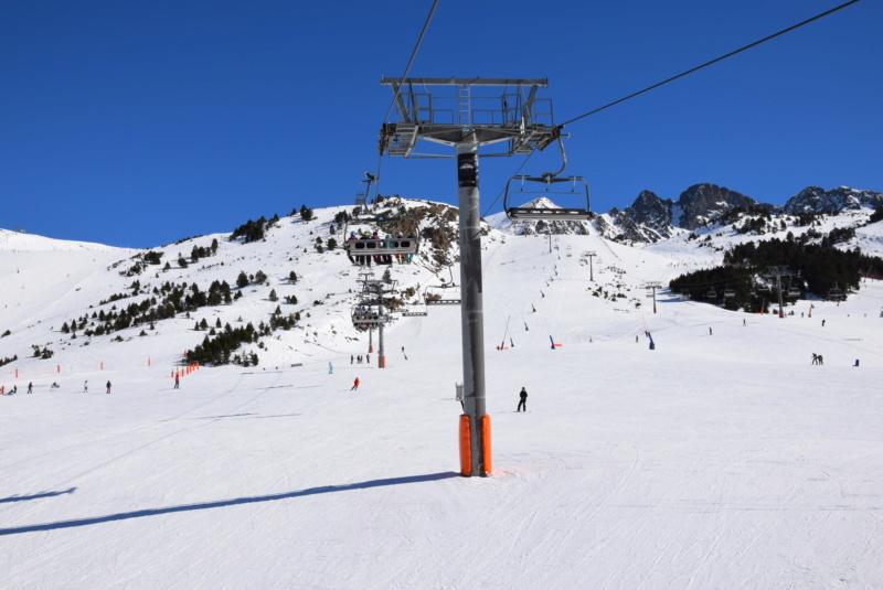 Télésiège débrayable 6 places (TSD6) Pic Blanc - Telesillas Dsc_0605