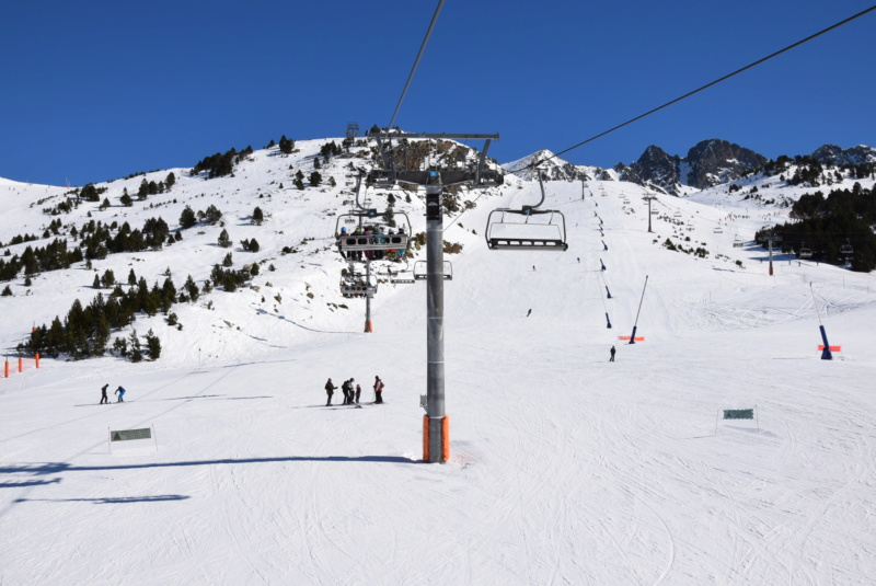 Télésiège débrayable 6 places (TSD6) Pic Blanc - Telesillas Dsc_0606