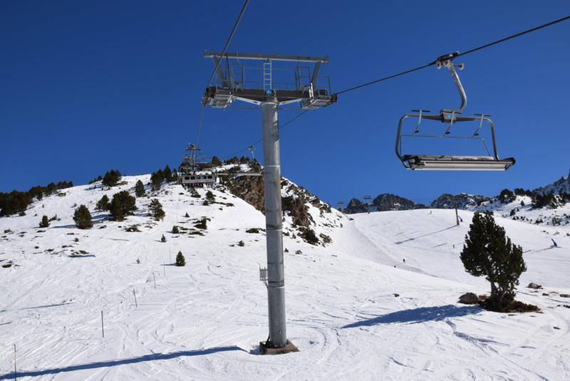 Télésiège débrayable 6 places (TSD6) Pic Blanc - Telesillas Dsc_0608