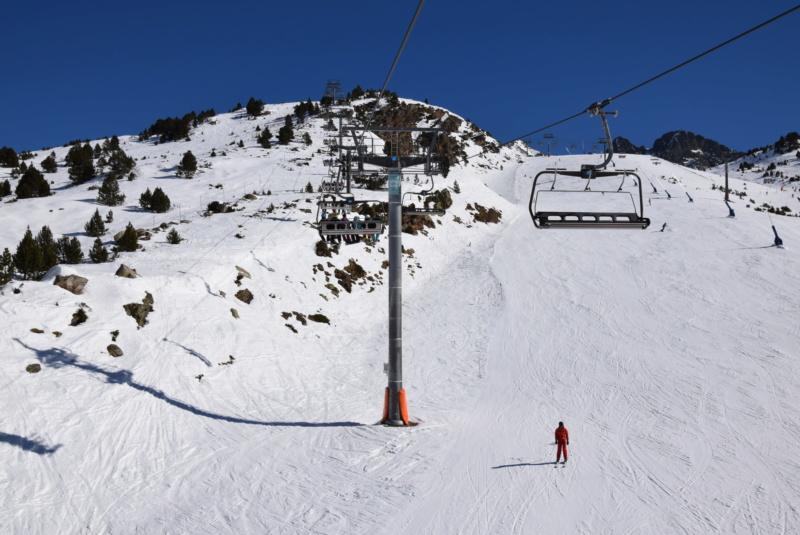 Télésiège débrayable 6 places (TSD6) Pic Blanc - Telesillas Dsc_0609