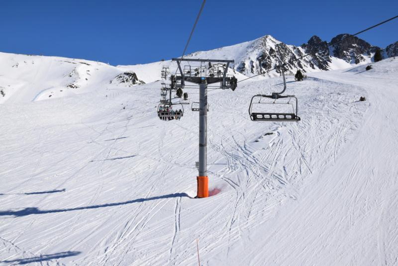 Télésiège débrayable 6 places (TSD6) Pic Blanc - Telesillas Dsc_0679