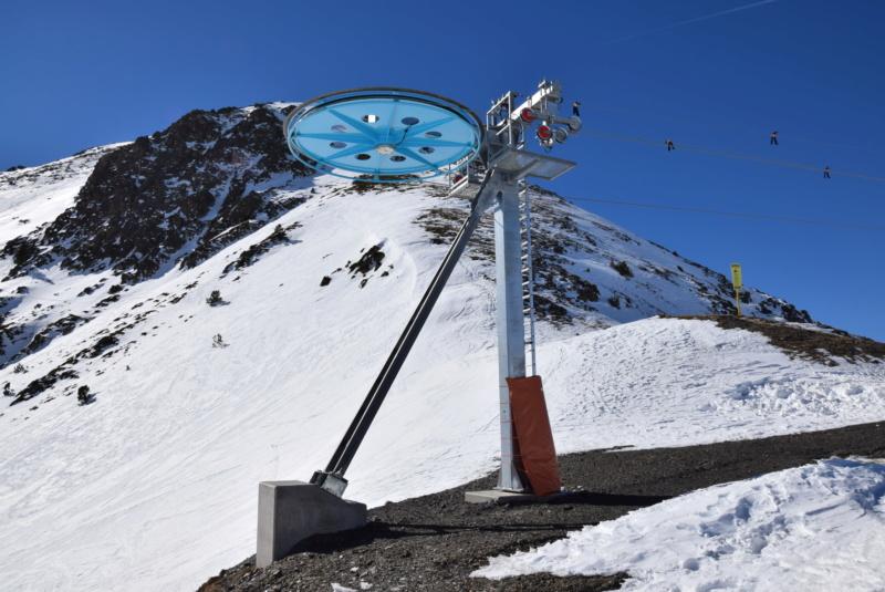 Téléski à enrouleurs 2 places (TKE2) Llac del Cubil - Telesquies Dsc_1223