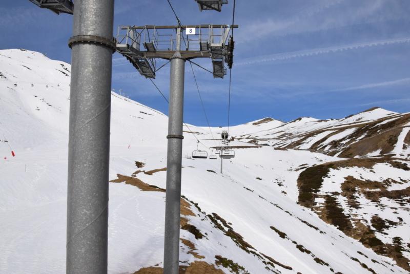 Télésiège débrayable 6 places (TSD6) Mouscadès Dsc_1405