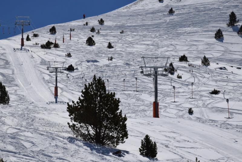 Téléski à enrouleurs 2 places (TKE2) Llac del Cubil - Telesquies Dsc_1826