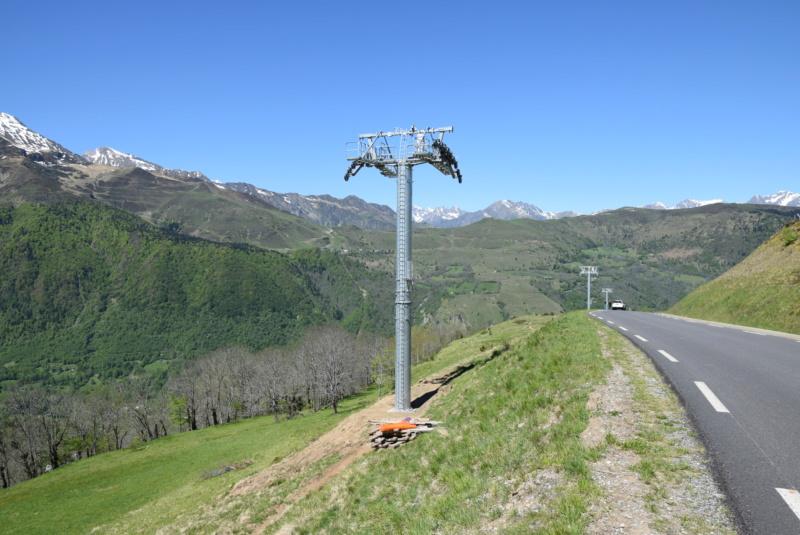 Construction Télécabine débrayable 10 places (TCD10) Peyragudes - Loudenvielle - Page 3 Dsc_2214