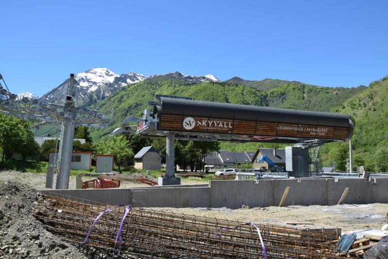 Construction Télécabine débrayable 10 places (TCD10) Peyragudes - Loudenvielle - Page 4 Dsc_2246