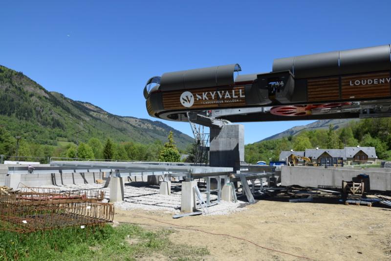Construction Télécabine débrayable 10 places (TCD10) Peyragudes - Loudenvielle - Page 4 Dsc_2250