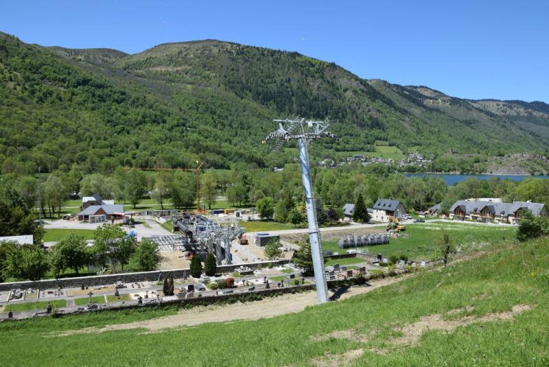 Construction Télécabine débrayable 10 places (TCD10) Peyragudes - Loudenvielle - Page 4 Dsc_2253