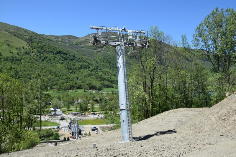 Construction Télécabine débrayable 10 places (TCD10) Peyragudes - Loudenvielle - Page 4 Dsc_2254