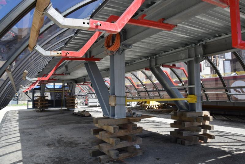 Construction Télécabine débrayable 10 places (TCD10) Peyragudes - Loudenvielle - Page 4 Dsc_2259