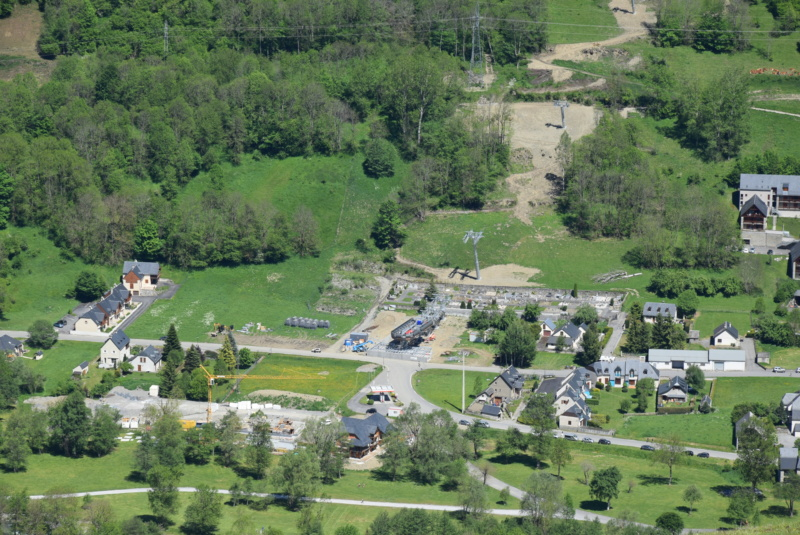 Construction Télécabine débrayable 10 places (TCD10) Peyragudes - Loudenvielle - Page 4 Dsc_2260