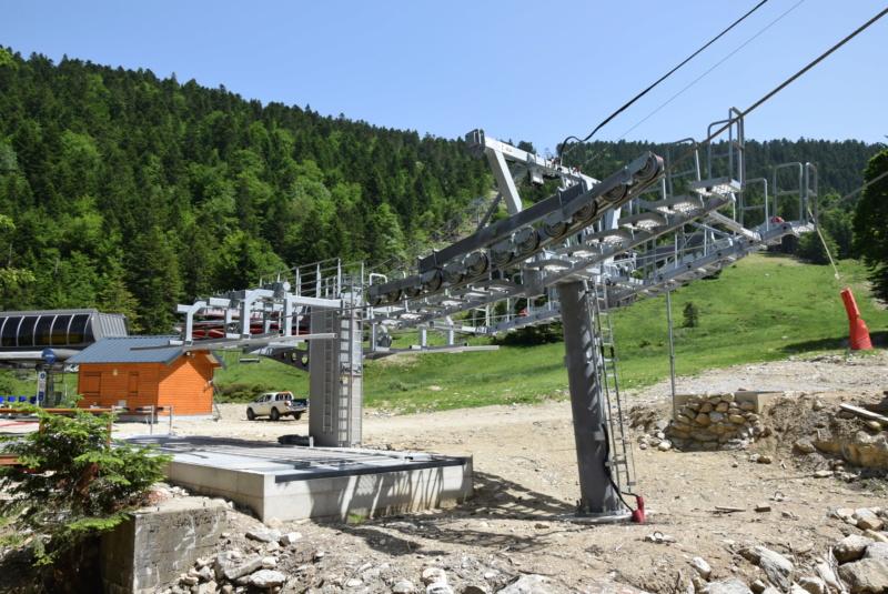 Construction télésiège fixe 4 places Bisorne (TSF4) - LST, Ax 3 Domaines - Page 2 Dsc_2351