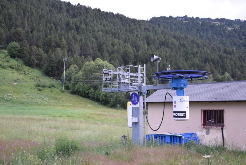 Téléski à enrouleurs 1 place (TKE1) El Peretol Dsc_2420