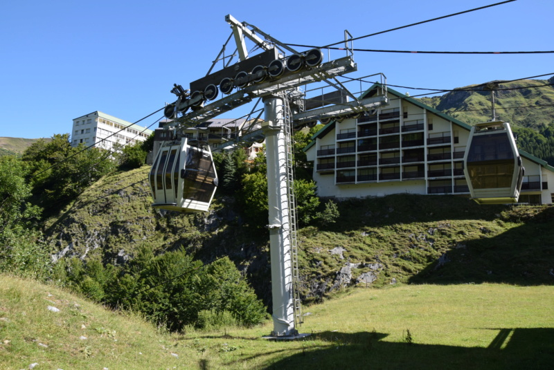 Télécabine débrayable 10 places (TCD10) du Ley Dsc_2491