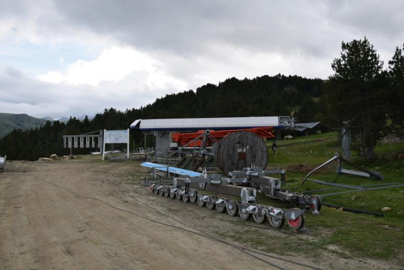 Extension, prolongation télésiège débrayable (TSD6) Pla de les Pedres Grau Roig – Grandvalira Dsc_2540