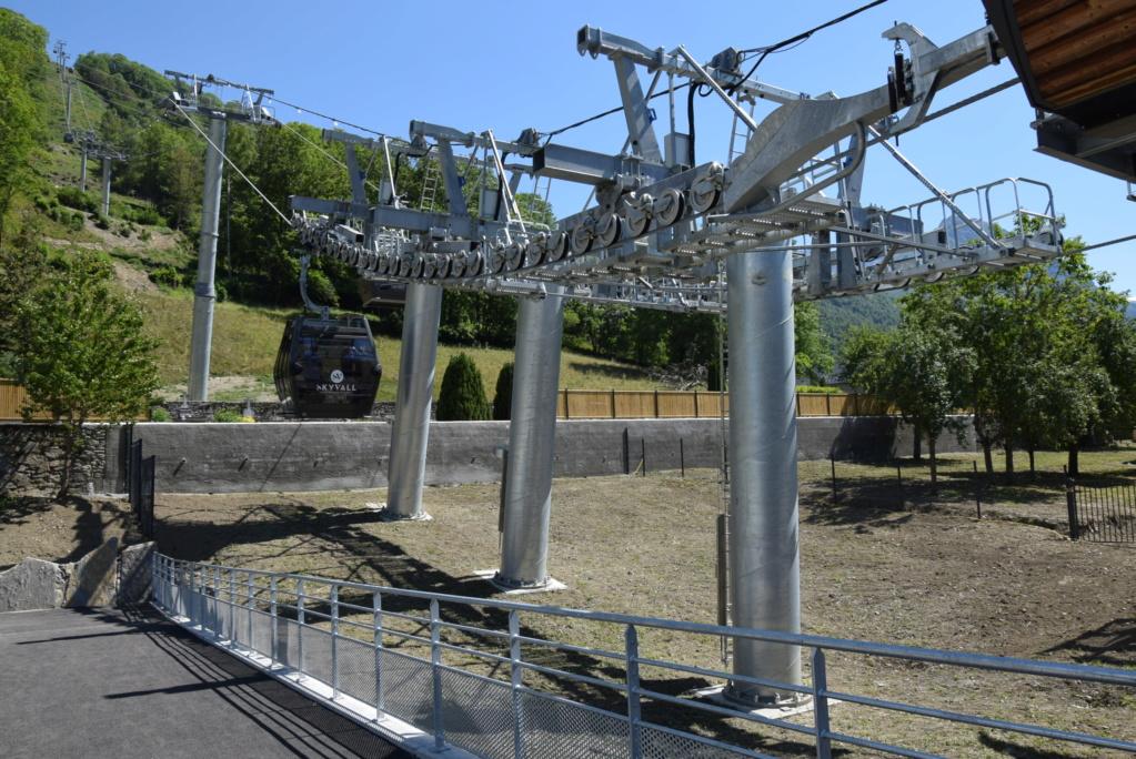 Télécabine débrayable 10 places (TCD10) Skyvall - Peyragudes / Loudenvielle Dsc_2572