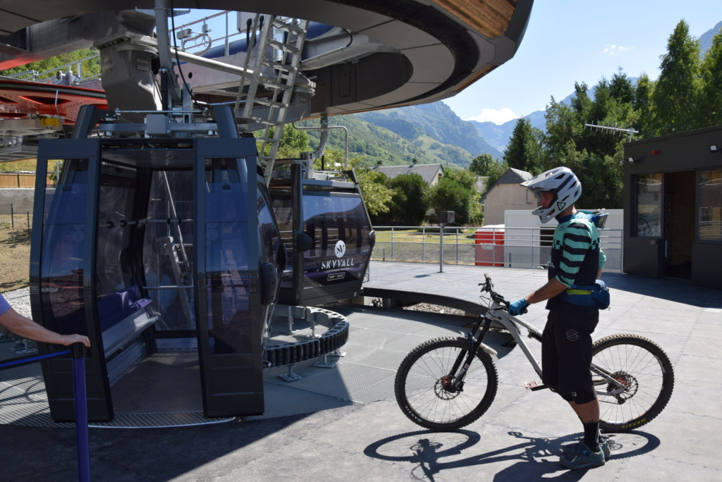 Télécabine débrayable 10 places (TCD10) Skyvall - Peyragudes / Loudenvielle Dsc_2578