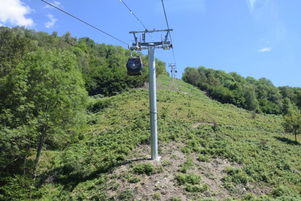 Télécabine débrayable 10 places (TCD10) Skyvall - Peyragudes / Loudenvielle Dsc_2586