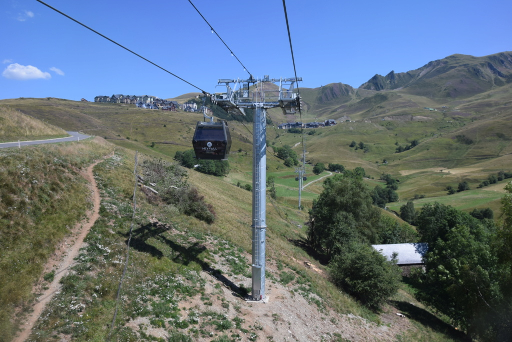 Télécabine débrayable 10 places (TCD10) Skyvall - Peyragudes / Loudenvielle Dsc_2591