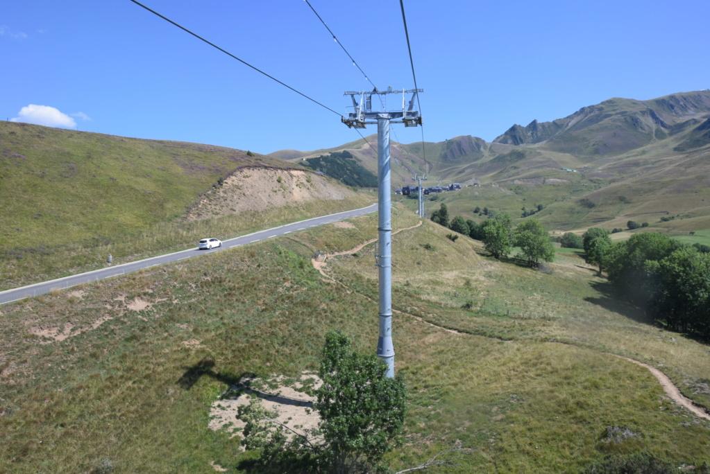 Télécabine débrayable 10 places (TCD10) Skyvall - Peyragudes / Loudenvielle Dsc_2592