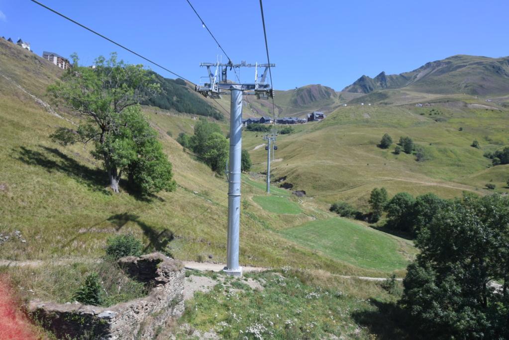Télécabine débrayable 10 places (TCD10) Skyvall - Peyragudes / Loudenvielle Dsc_2594
