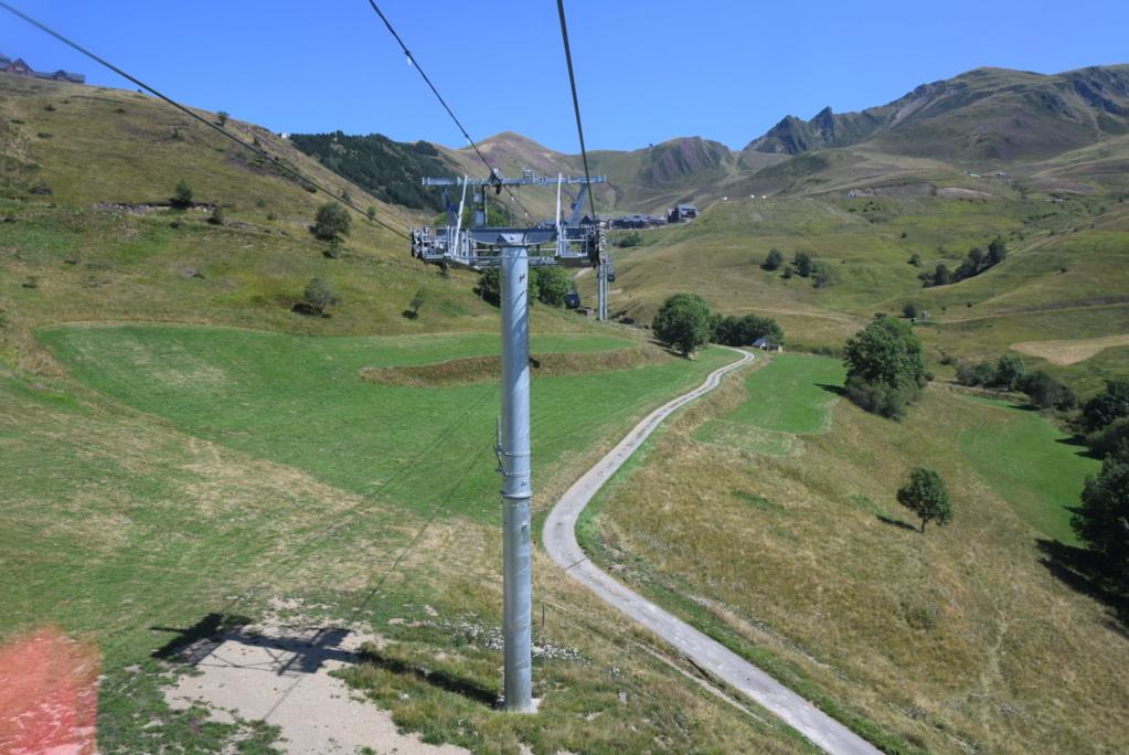 Télécabine débrayable 10 places (TCD10) Skyvall - Peyragudes / Loudenvielle Dsc_2595