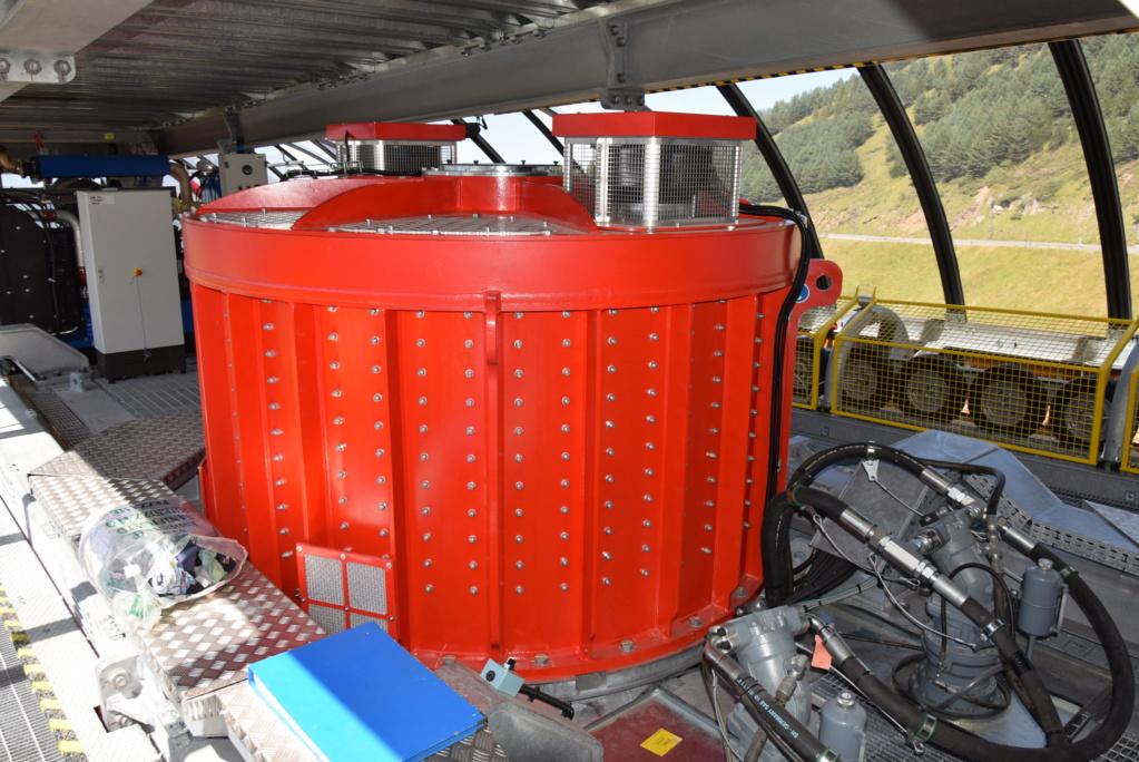Télécabine débrayable 10 places (TCD10) Skyvall - Peyragudes / Loudenvielle Dsc_2628