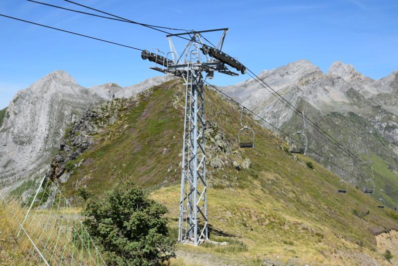 télésiège fixe 2 places (TSF2) Col de l'Ours Dsc_2905