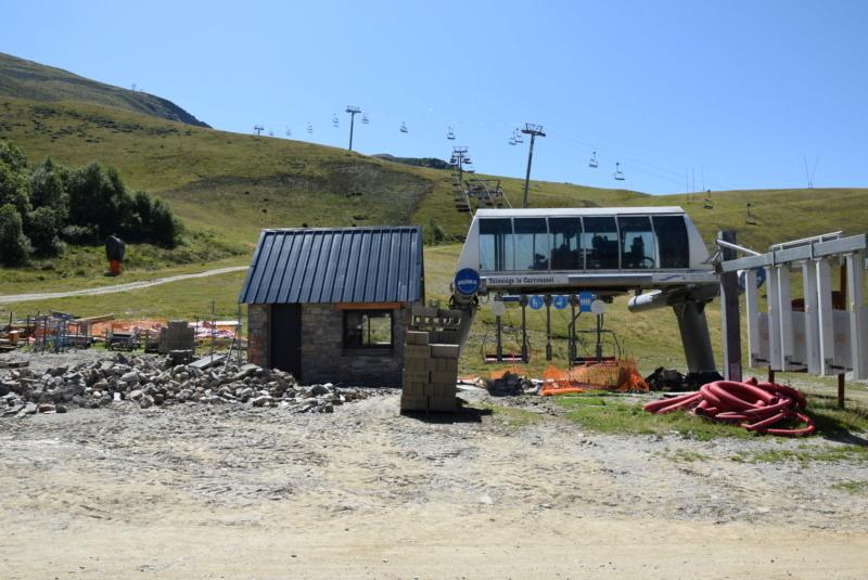 Construction Télécabine débrayable 10 places (TCD10) Peyragudes - Loudenvielle - Page 5 Dsc_2908