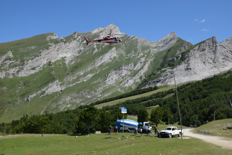 Chantiers Gourette 2019, héliportage béton Dsc_2969